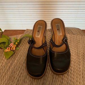 Pesaro Black Leather Wedge Mules Sz 7.5